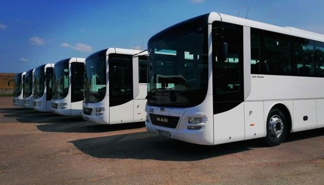 Новые автобусы пустят по маршрутам с августа