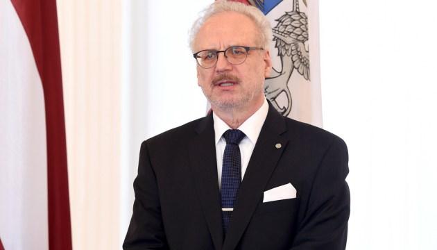 Президент: надо предусмотреть в бюджете средства на укрепление границ Латвии