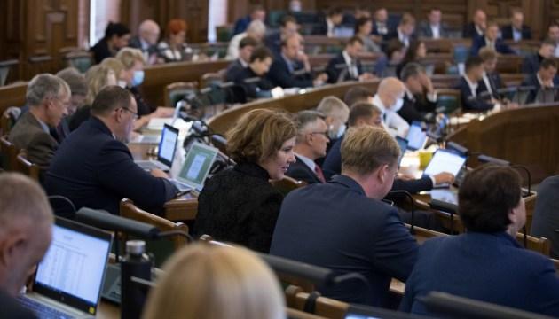 В бюджете будущего года расходы могут вырасти на 833 млн евро