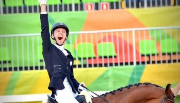 Паралимпийский наездник Сникус в Токио завоевал серебро и квалифицировался для дисциплины вольным стилем