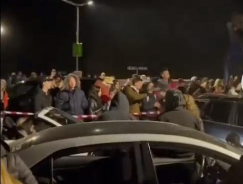 Грубое нарушение ограничений: полиция остановила мероприятие на парковке т/ц Alfa (ВИДЕО)
